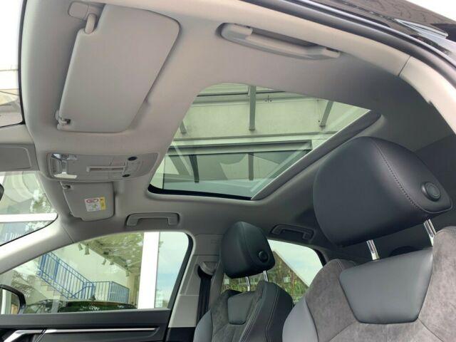 AUDI  Q3 Sportback 40 TDI quattro S line, Mythosschwarz Metallic