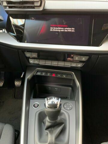 AUDI  A3 Sportback 35 TFSI , Navarrablau Metallic