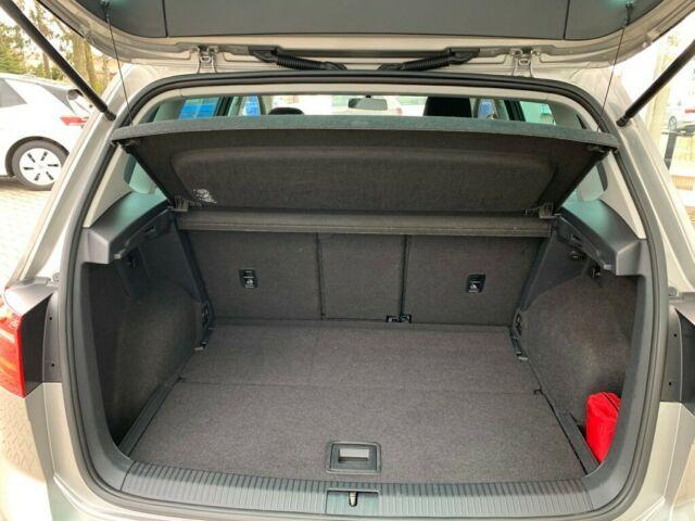 VW  Golf Sportsvan Allstar TSI 81 KW, Tungsten Silver Metallic