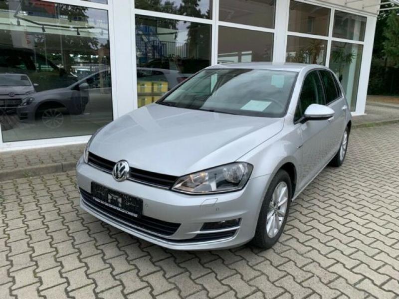 VW  Golf VII Lim. Lounge BMT 92 KW, Reflexsilber Metallic