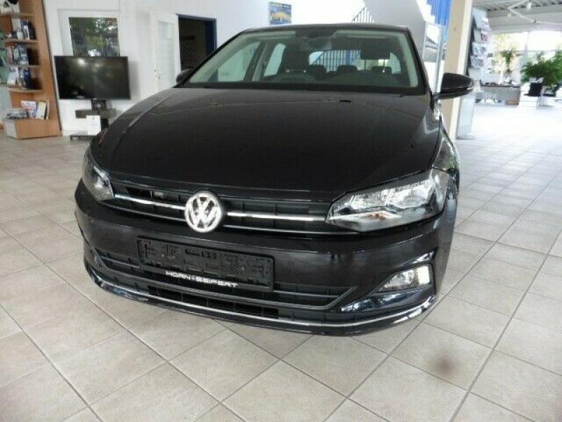 VW  Polo VI Highline 70 KW, Deep Black Perleffekt